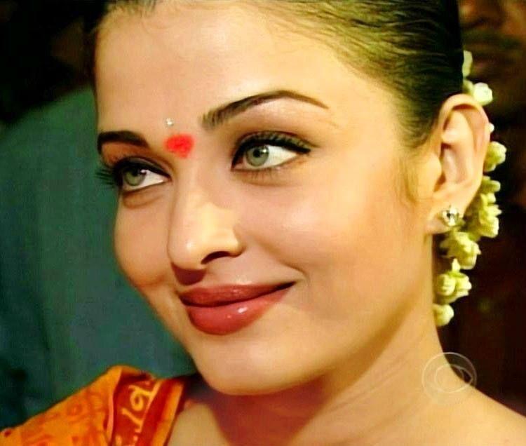 Aishwarya In 60 Minutes Interview Aishwarya Rai Makeup Aishwarya Rai Bikini Beautiful Indian Actress