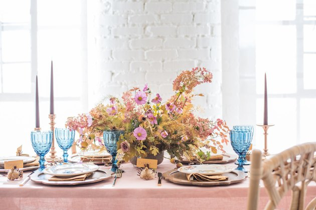 These Beautiful Thanksgiving Table Settings Are Seasonal Eye Candy #thanksgivingtablesettings