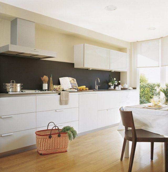 Peinturecuisinemeublesblancsidéesrevêtementsolboisclair - Catalogue bois et chiffons pour idees de deco de cuisine
