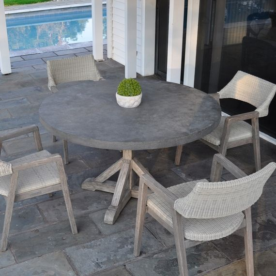 Galvanized Patio Furniture.Kingsley Bate Elegant Outdoor Furniture Provence Round Dining