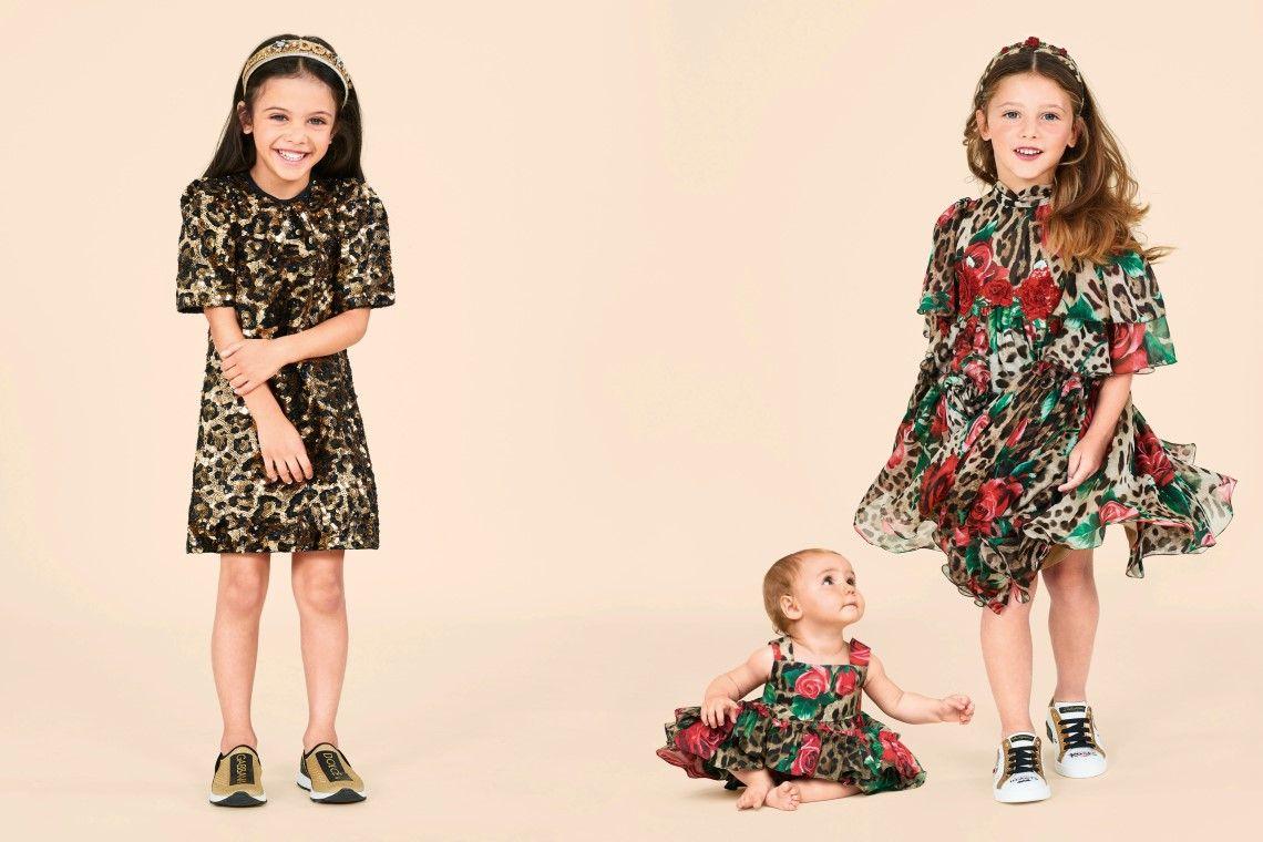 ملابس عصرية للبنات الصغيرات 2020 2021 اتجاهات وأنماط الصيف Fashion Clothes Fashion Outfits
