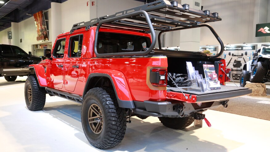 Mega Gallery The Custom Jeep Gladiator Jt Builds Of Sema 2019 Jeep Gladiator Sema 2019 Jeep