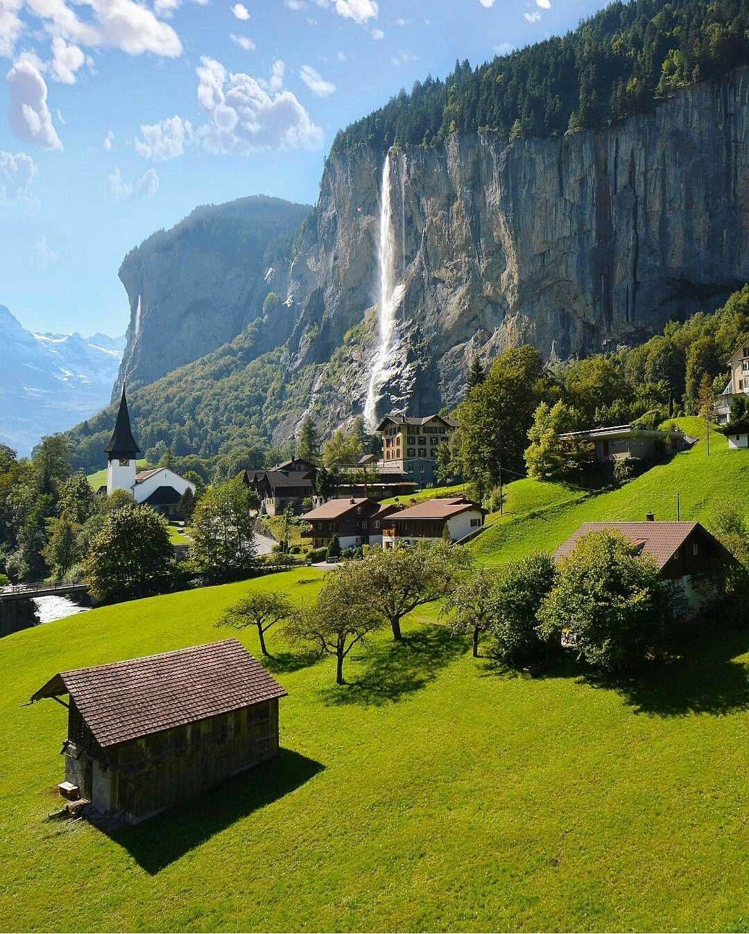 Amazing Places To Stay Switzerland: Lauterbrunnen, Switzerland Photo: @sennarelax Amazing Shot