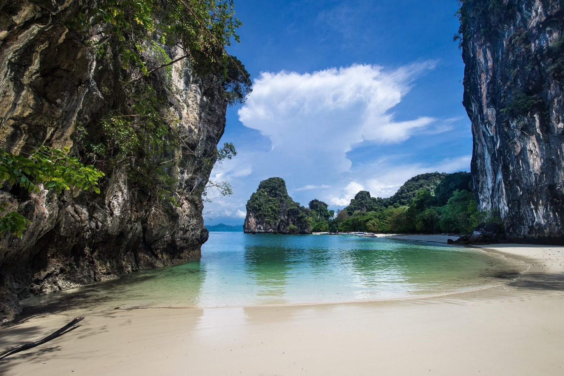 Landscape Nature White Sand Beach Rock Cliff Sea Boat Island Tropical Eden Thailand Wallpapers Hd Desktop And Mobile Backgrounds Dream Beach Beautiful Places Places To See