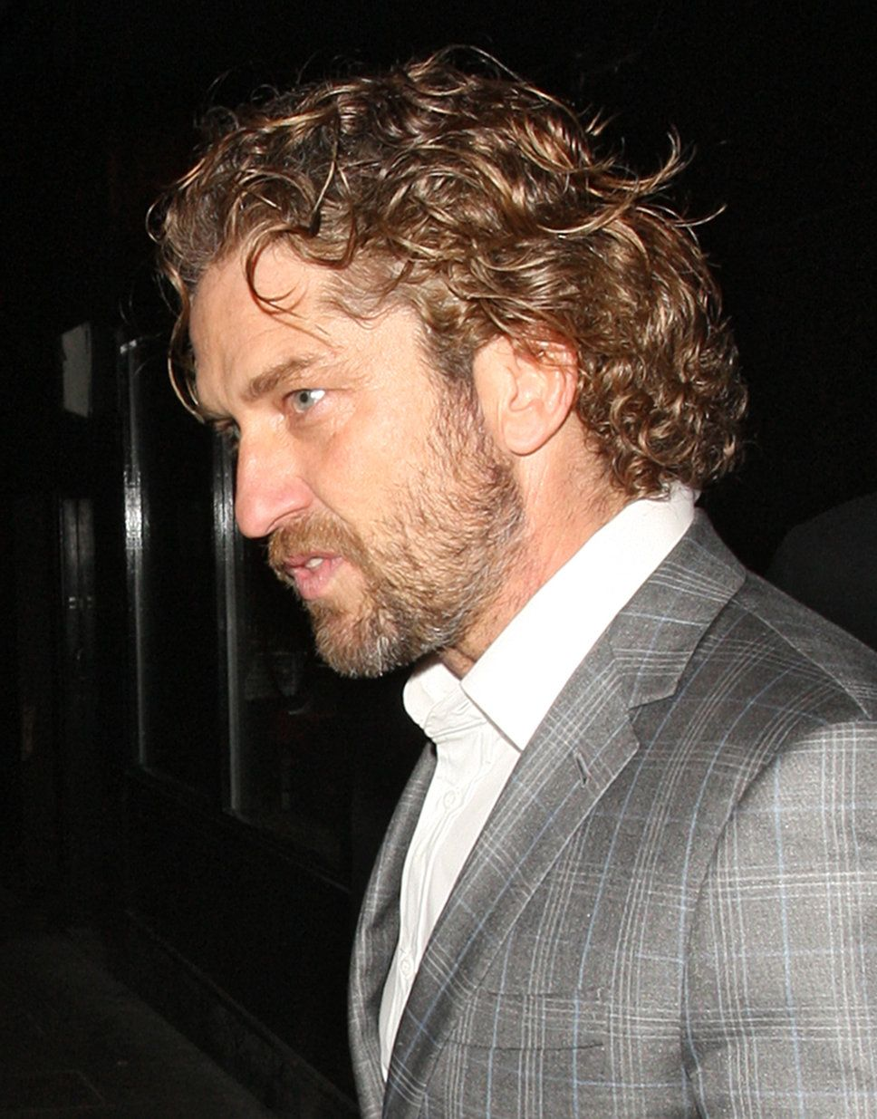 The Loose Curl Slick Back Best Curly Mens Hairstyles Loose Slick Back Men S Curly Hairstyles Curly Hair Men Curly Hair Photos