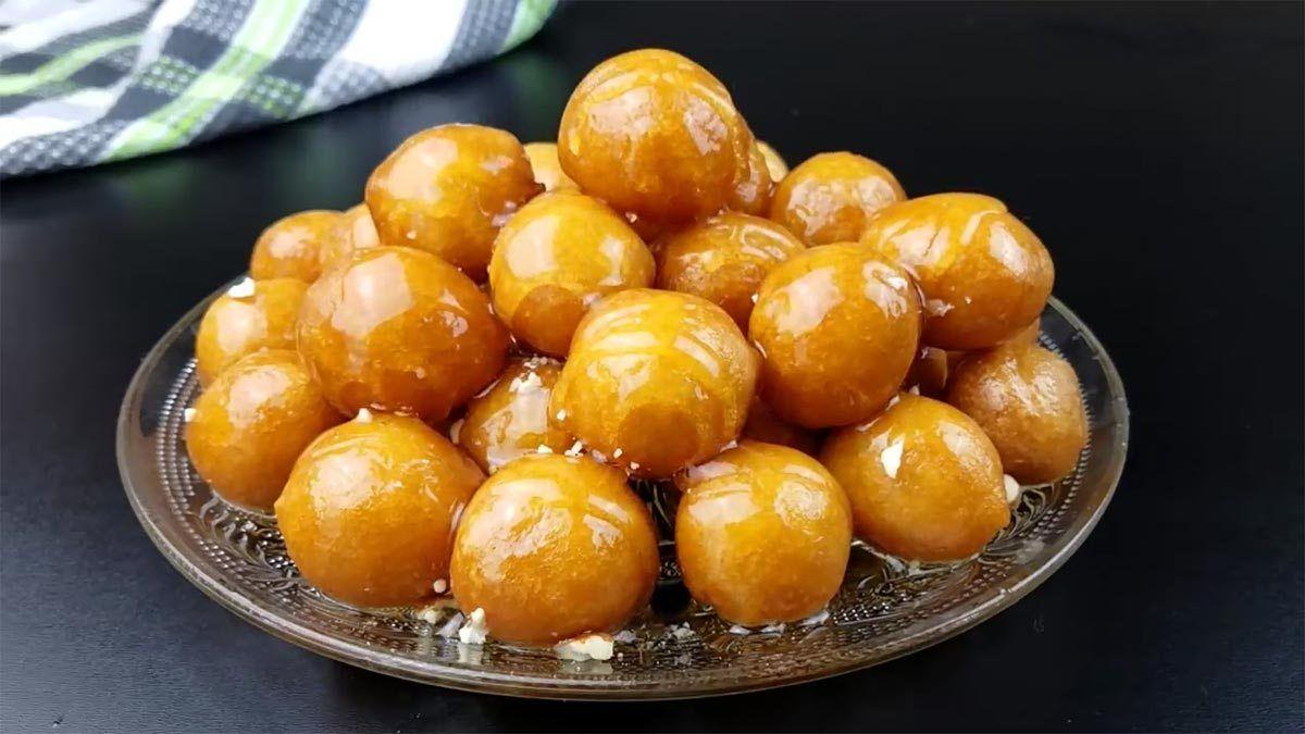لقمة القاضي الذهبية والمقرمشة بالطريقة الصحيحة مع سر تشكيل الكور المتساوية Arabic Desserts Food Desserts