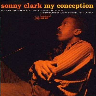 Sonny Clark fue un pianista de jazz de origen estadounidense que nació el 21 de julio de 1931. Al igual que sucediera con Fats Navarro o Charlie Parker con anterioridad, la suya fue una vida corta, pero, como la de aquellos, llena del fuego vital de los grandes artistas.