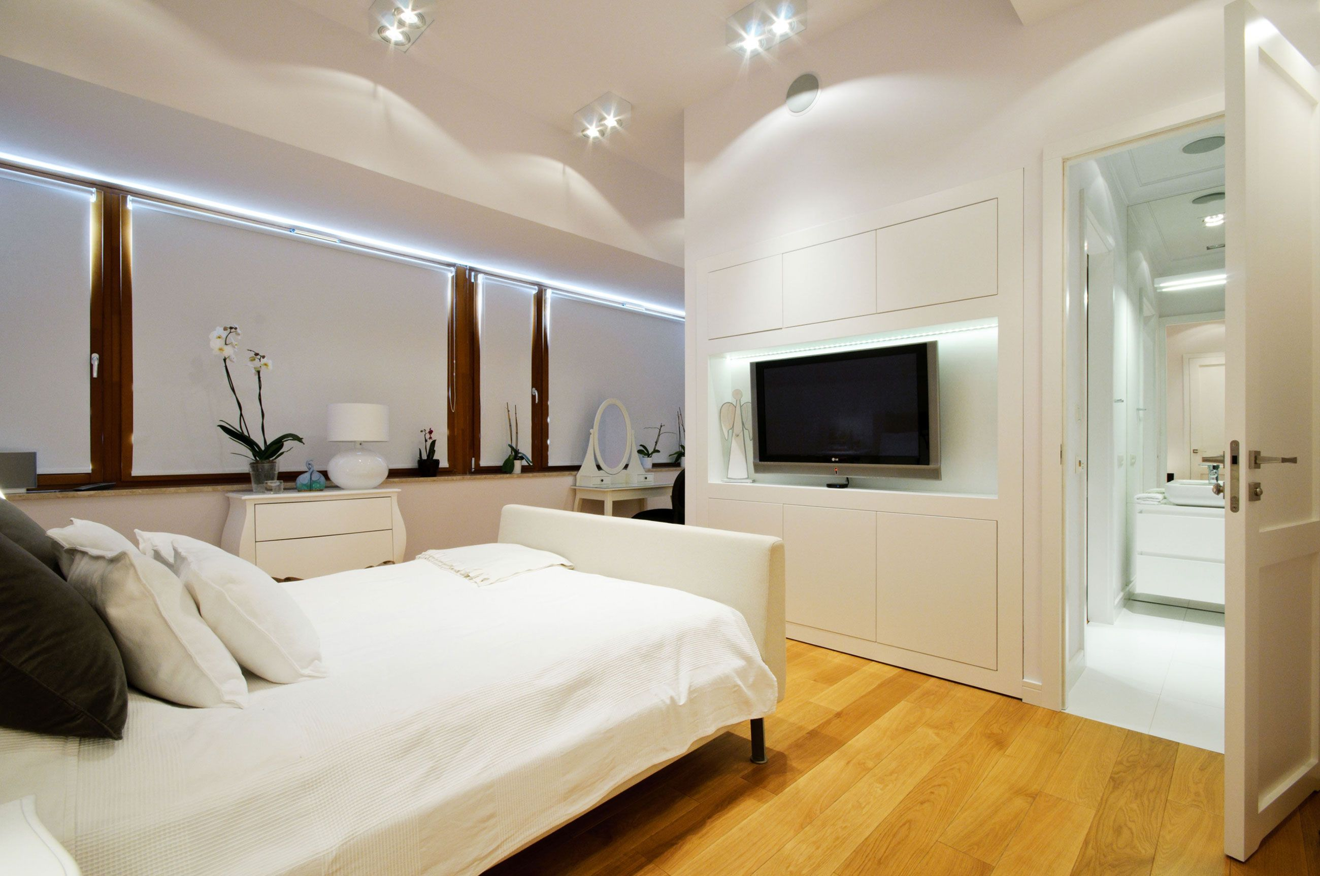 Small Televisions For Bedrooms Bust Of Modern Bedroom Television Ideas Bedroom Design