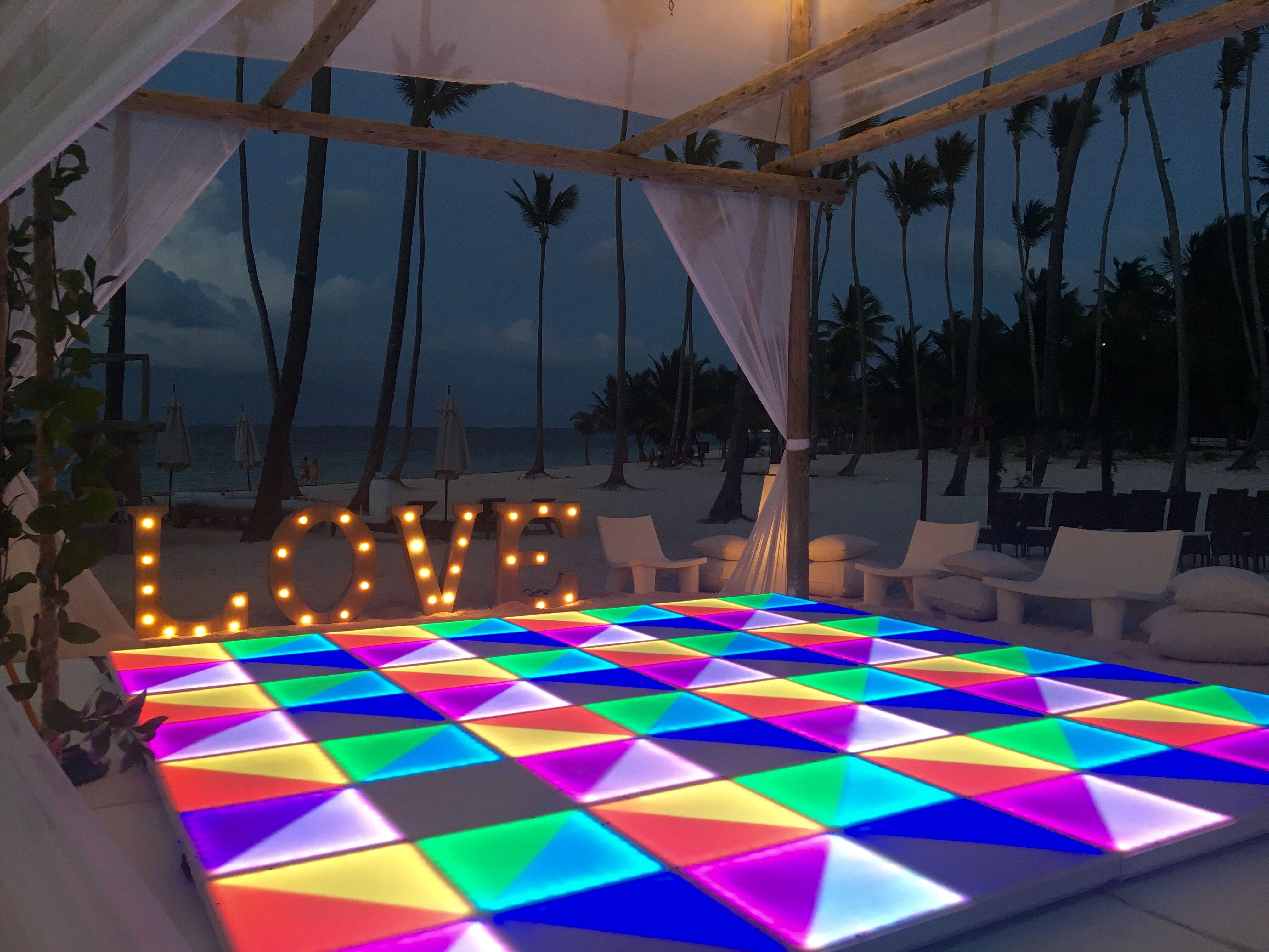 Led Dance Floor On The Beach
