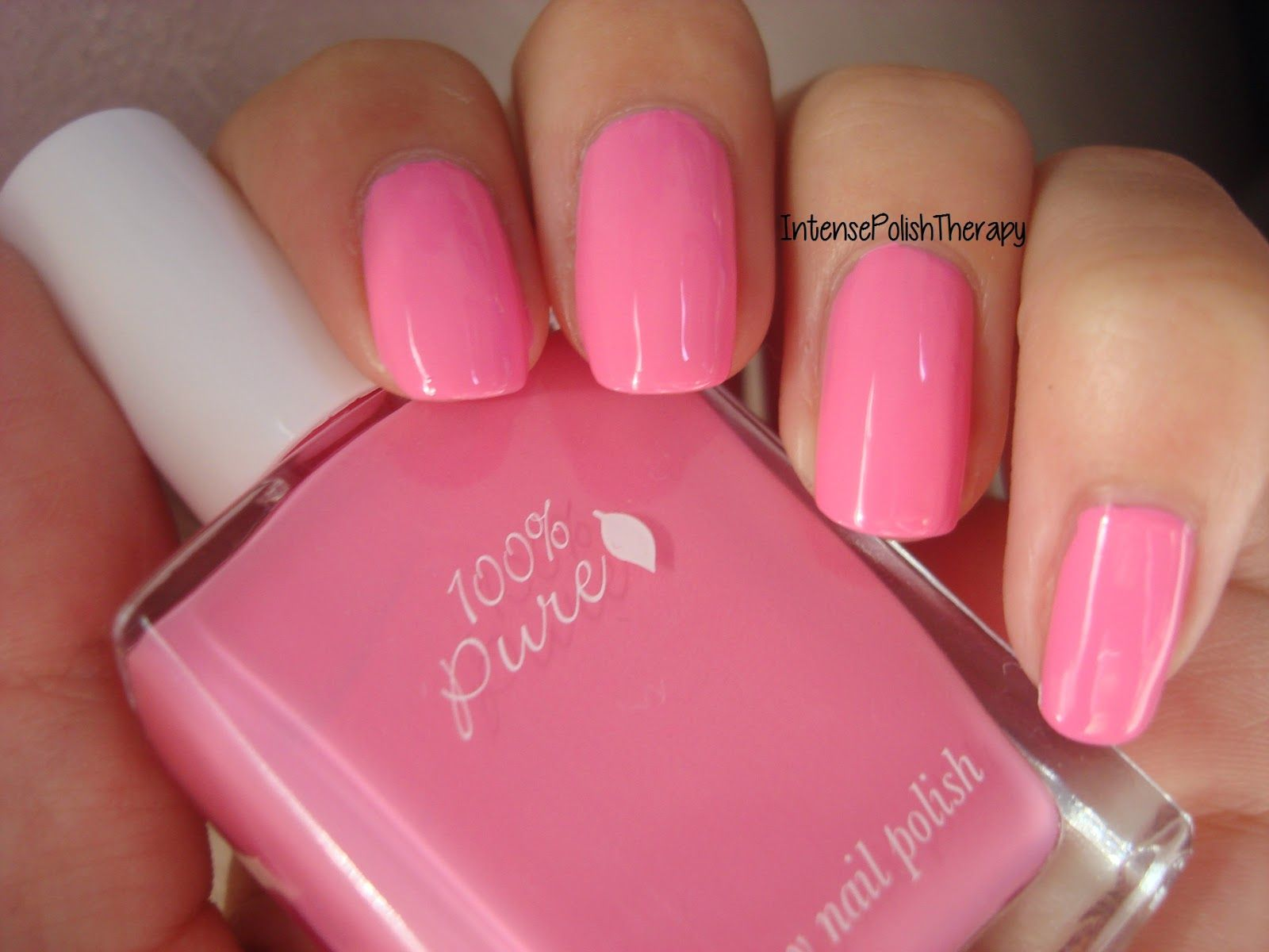 how cute is this #blogger review of our #100percentpure #nail polish ...