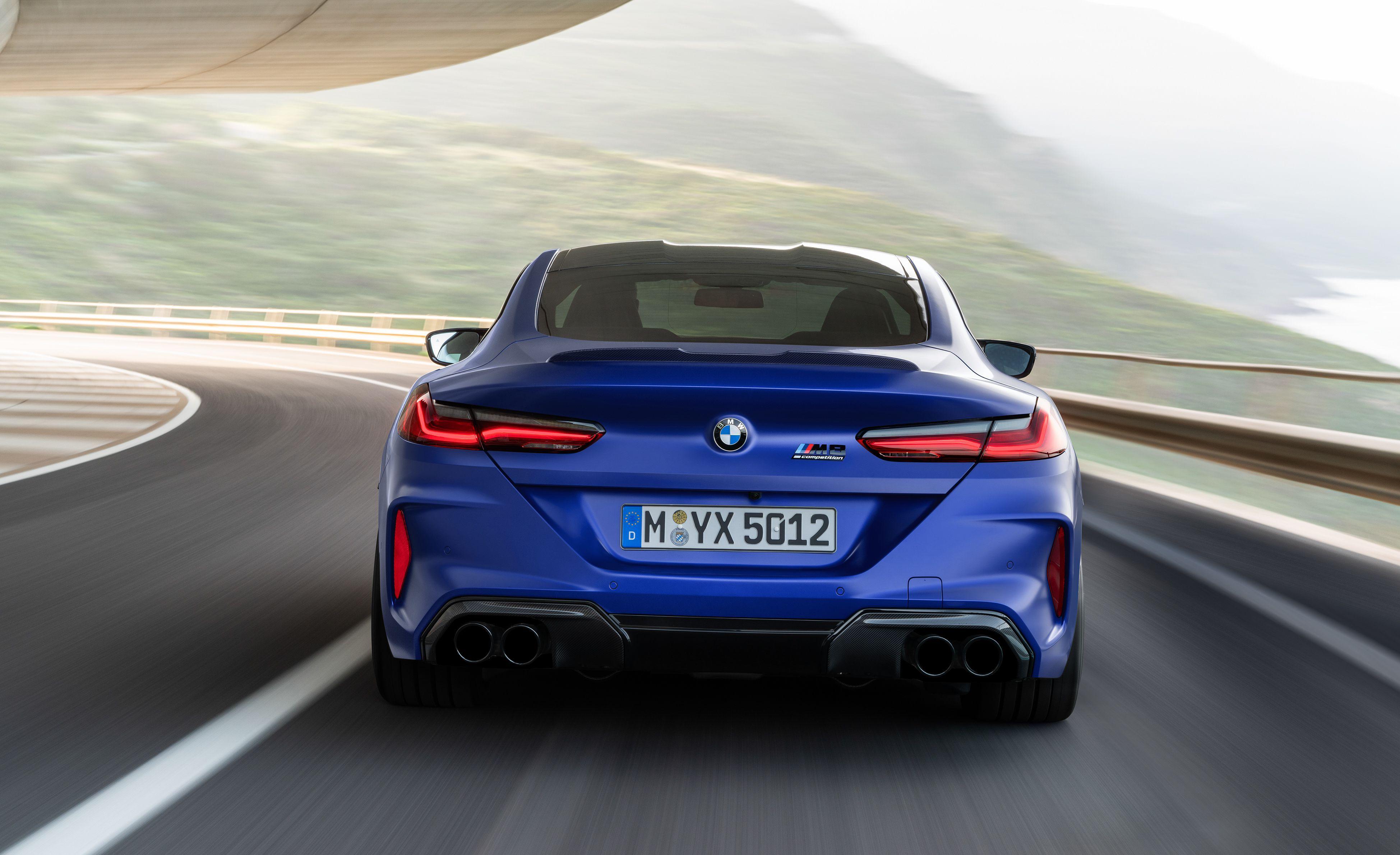 BMW 가장 강력한 2020 BMW M8 공개(2020 BMW M8 Debut) 자동차 및 빨간색
