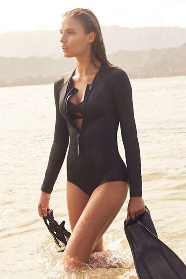 588582c35f9f8 Women s Long Sleeve Zip Front One Piece Swimsuit