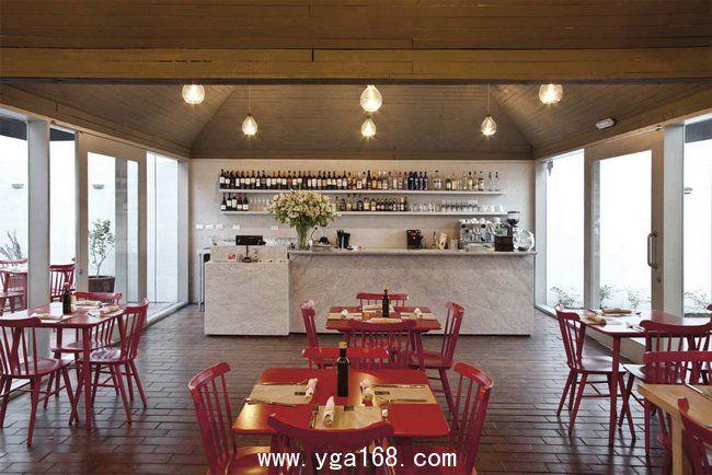 Restaurant design, Simple Restaurants Mini Bar: Red Restaurant Design in santiago chile