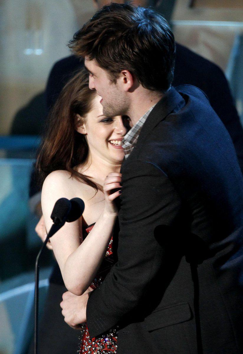 MTV Movie Awards 2012 - Robert Pattinson & Kristen Stewart