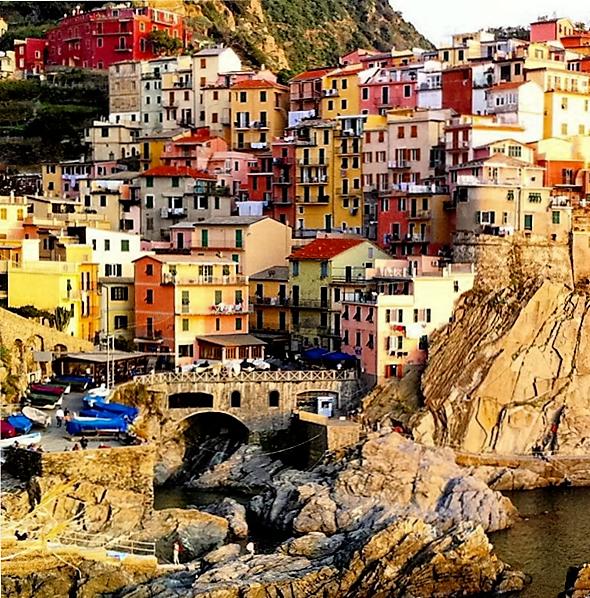 #Manarola #Photo #msulusoy #Turkish #italy#italia#cinqueterre#manarola#village#voyage#huzur#silence#relax#tranquility#nature#architecture#artwork#colored#picoftheday#artwork#magnifique#ville#photodujour#igers#ig_europe#turkishfollowers#italian_places#igersitaly#liguria#noedit#nofilter#iphoneshots#iphoneonly#myshots  ♥♥♥
