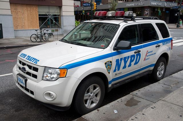 Nypd Ford Escape Hybrid Camion