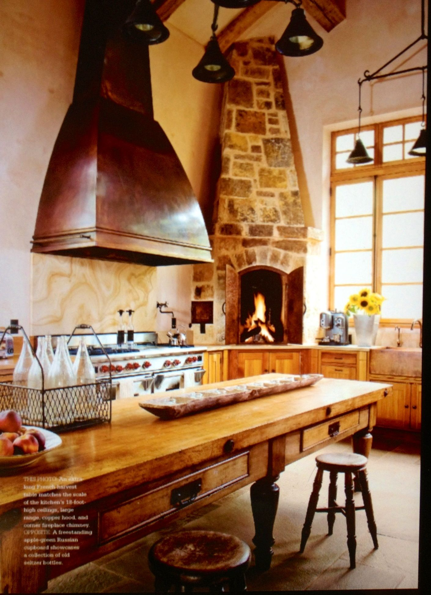 39 Big Kitchen Interior Design Ideas For A Unique Kitchen: Image Source Tuscan Style Magazine