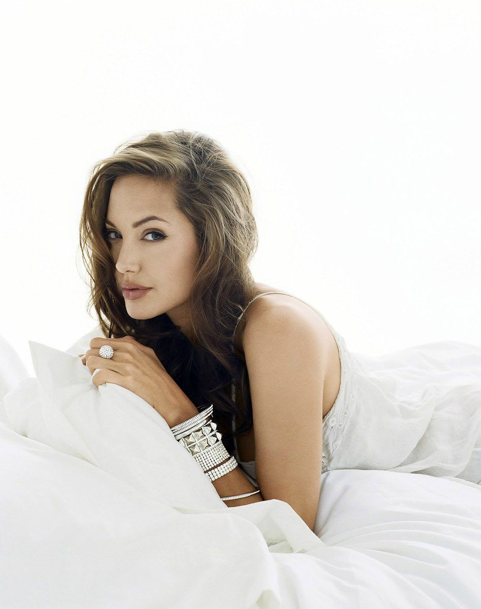 Celebrity style #angelina #jolie #wallpaper angelina jolie