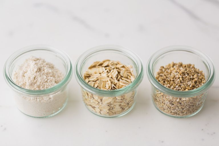 Feeding baby introducing solids and babies feeding baby oatmeal how to make easy homemade natural baby oat cereal ccuart Gallery