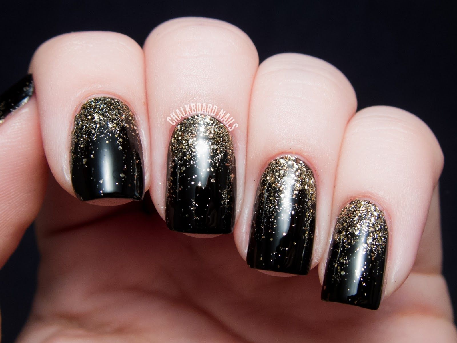 Party Perfect Black And Gold Nail Art Ideas Pinterest Haar En Nagel