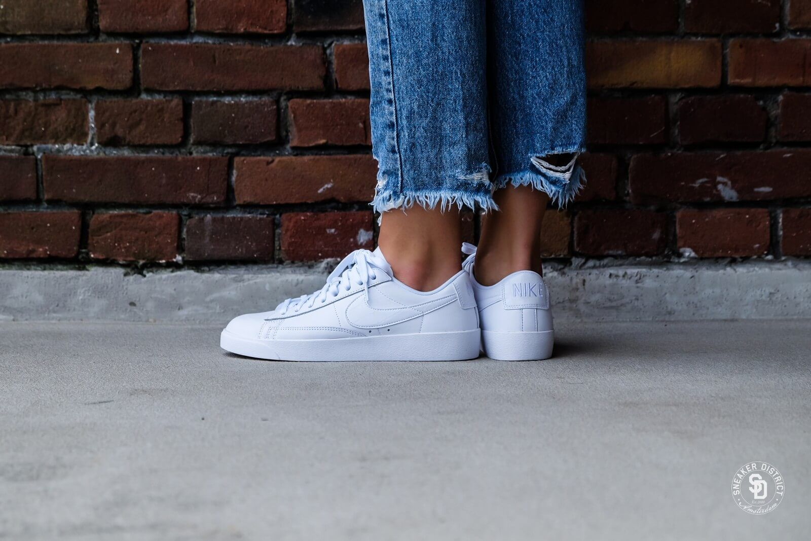 Nike Women's Blazer Low White | White sneakers women, White ...