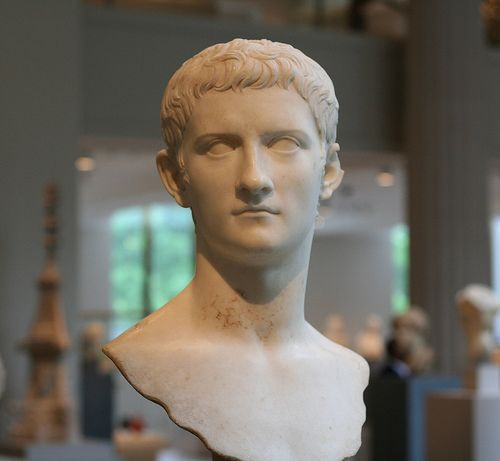 marcus brutus and julius caesar a Essay brutus and greed in the tragedy of julius caesar by william shakespeare - brutus, the co-leader of the assassination of julius caesar, was incredibly envious and jealous due to ceasar becoming the almighty power of the roman empire.