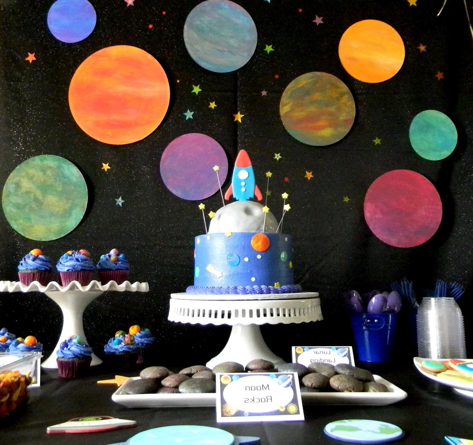 Space themed decor space aliens party pinterest for Outer space decor