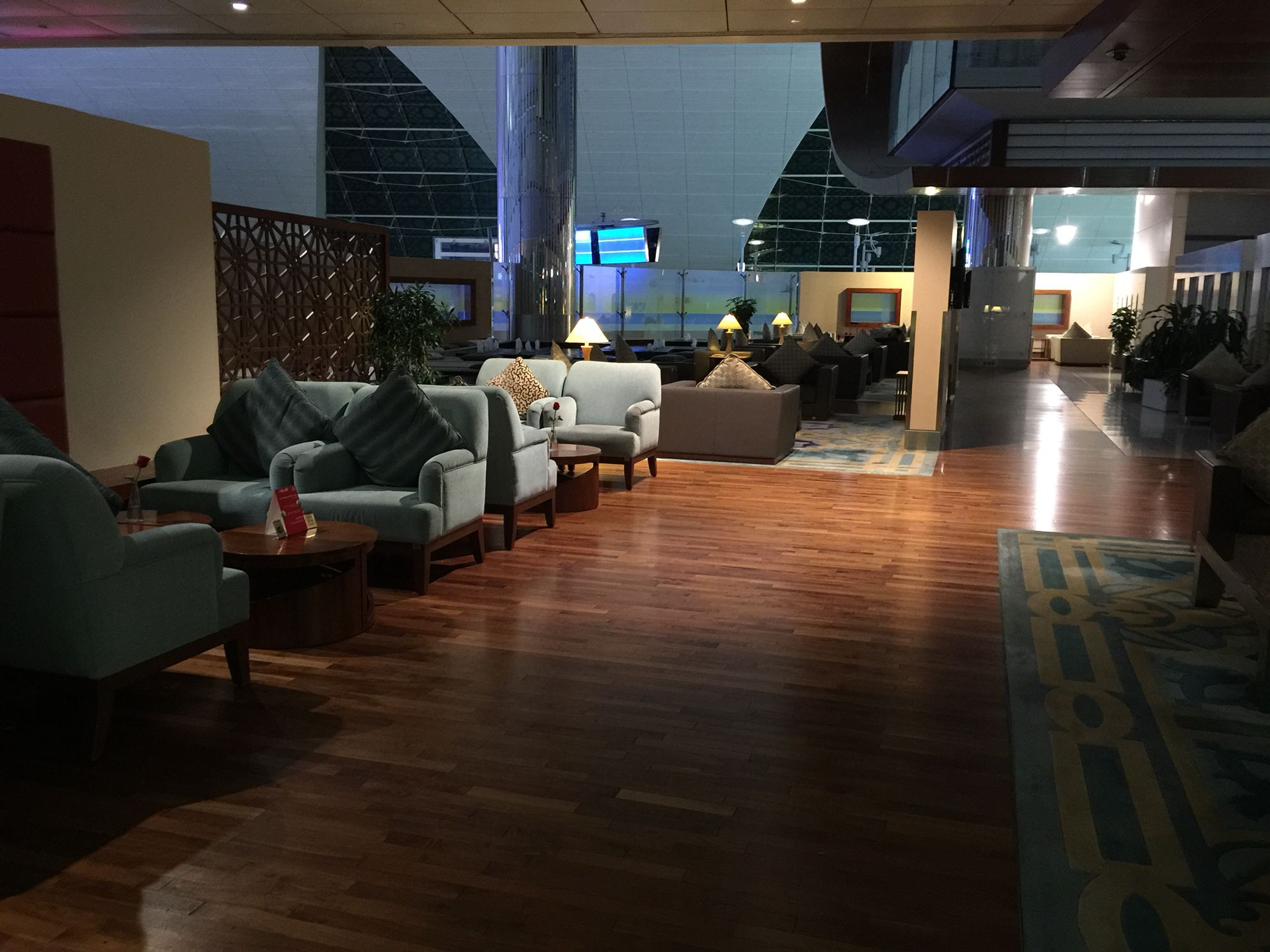 First Class Dubai International Airport Lounge. Fantastic service. Perfect.