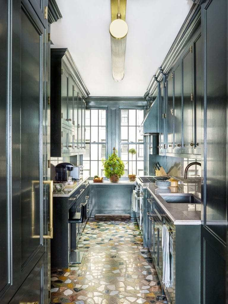 Inside the Manhattan Apartments of Bunny Williams and John Rosselli - The Glam Pad