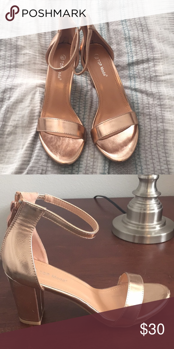 ed70cf2f4 Rose gold chunky heeled sandals Lightly used
