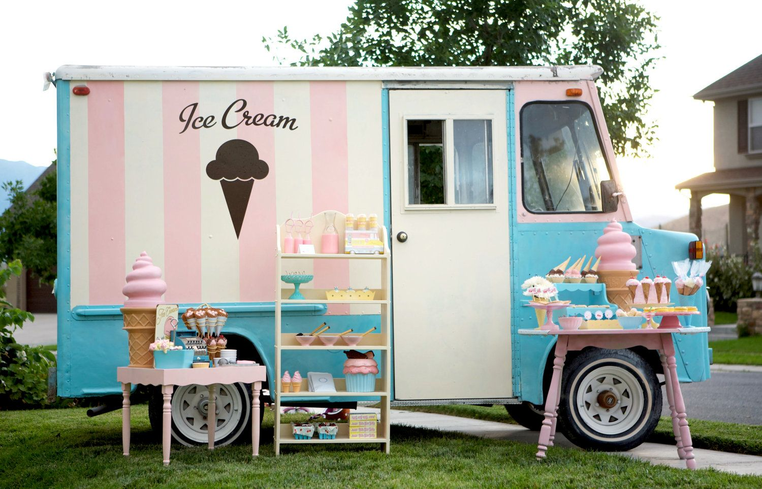 Vintage Retro 1965 Ford P10 Ice Cream Truck Wedding Party Catering Photography Prop No
