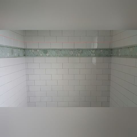 Unusual 12 Ceramic Tile Thick 1930 Floor Tiles Solid 20 X 20 Floor Tiles 4 X 12 Glass Subway Tile Youthful 4 X 8 Subway Tile PinkAcoustic Tile Ceiling Installation 4x8 Subway Tile With Ming Green Marble And Glass Bubble Border ..