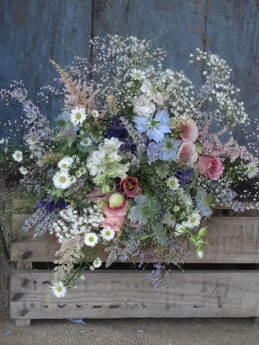 Wähle saisonale Blüten für deine Sommerhochzeit #flowers