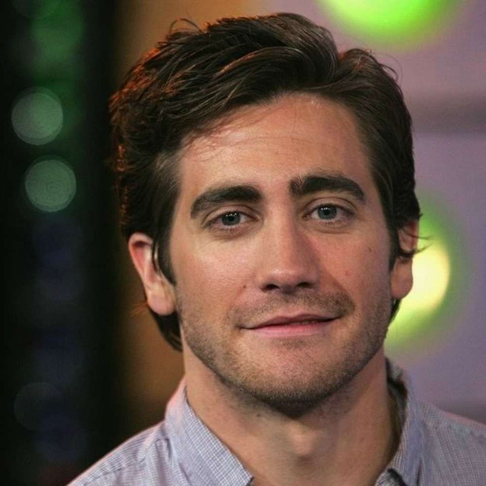 Men curly haircuts jake gyllenhaal side part haircut for men newhairideas  quotation