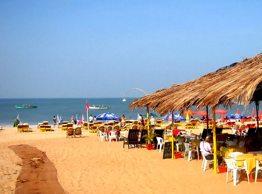 Baga Beach Situated In North Goa Is A Very Busy Tourist Spot And Is