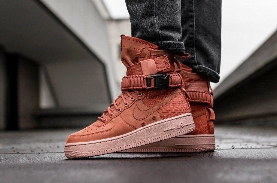 huge selection of aa45a 24498 NIKE W SF AIR FORCE 1   DUSTY PEACH-PARTICLE PINK   857872-202 DS TRAINERS