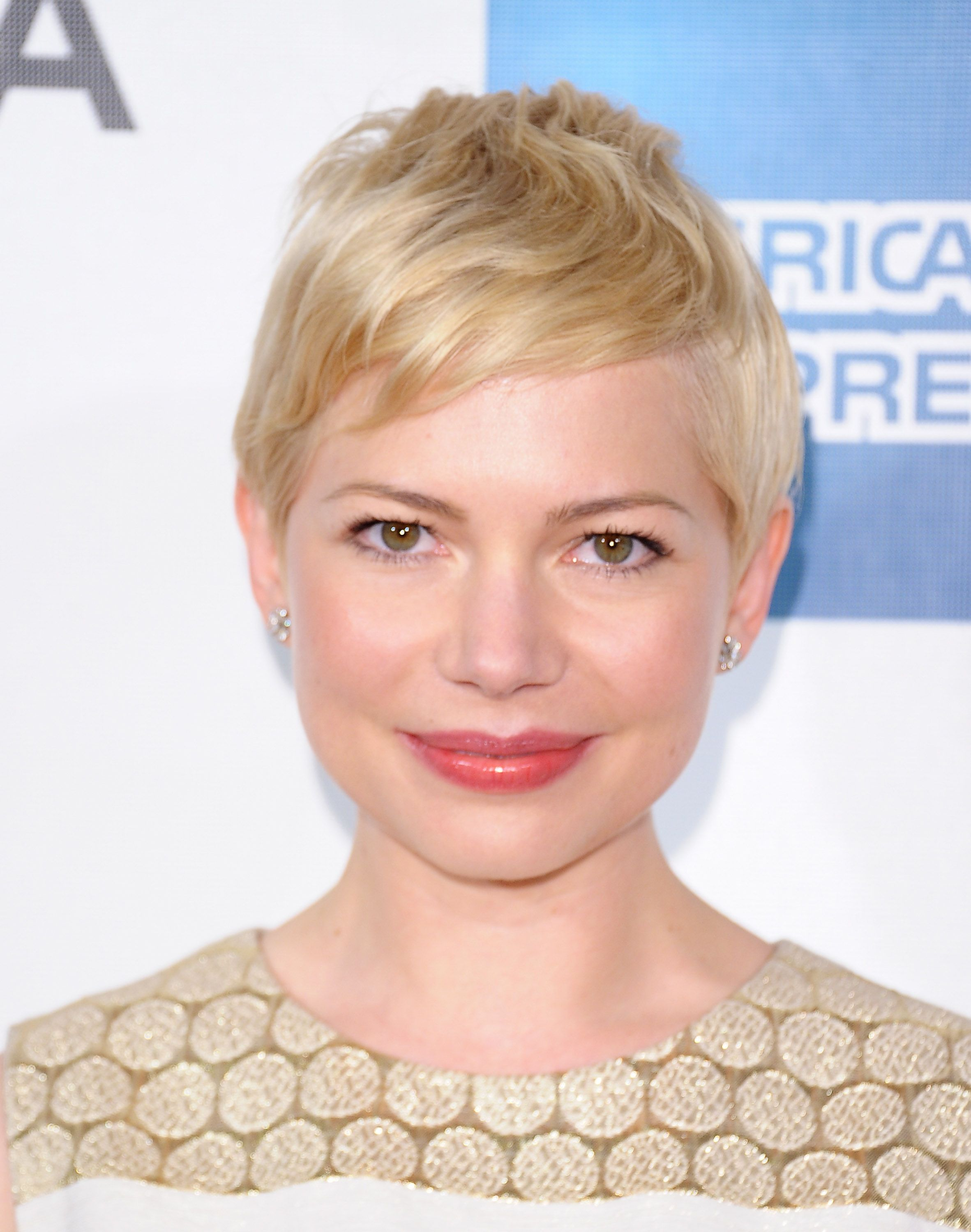Watch 2014 Michelle Williams Short Hair Styles: Pixie Haircut video