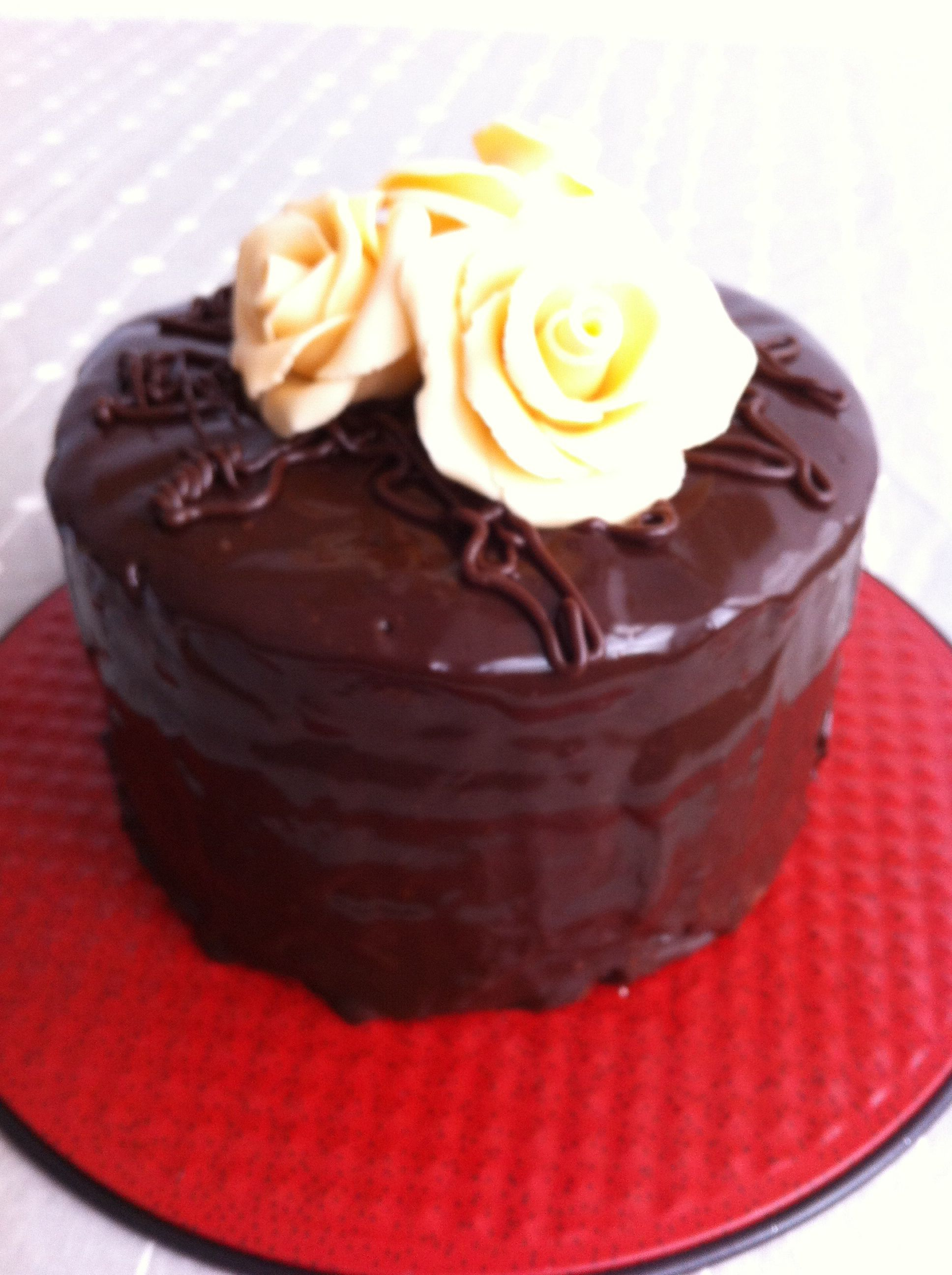 Layer cake de naranja con ganache de chocolate