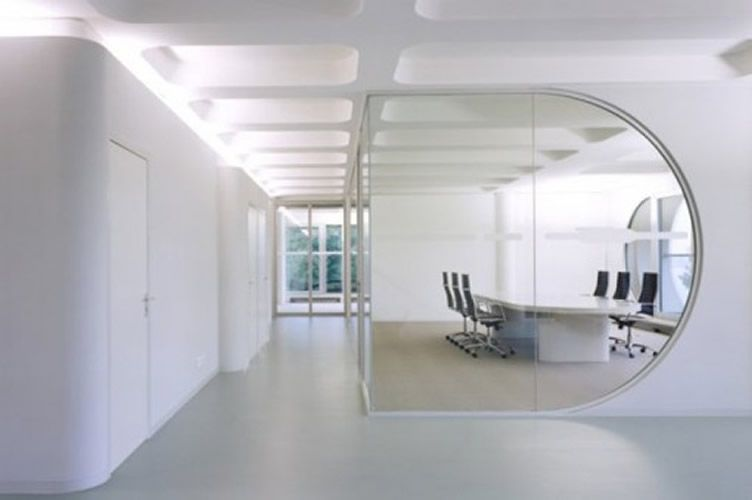25 Luxury And Unusual Minimalist Office Designs With Images
