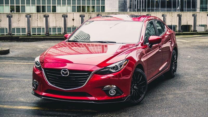 Chương trình khuyến mãi mua xe Mazda tháng 1/2017 áp dụng mức ưu đãi lớn nhất dành cho các dòng xe bán chạy là Mazda 3, Mazda 6 và Mazda CX-5...
