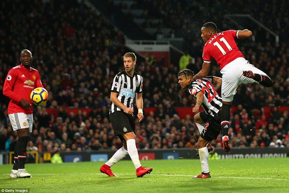 Frenchman Anthony Martial Hangs In The Air To Connect With A Header And Nod Manchester United Manchester United Anthony Martial Manchester United Football Club