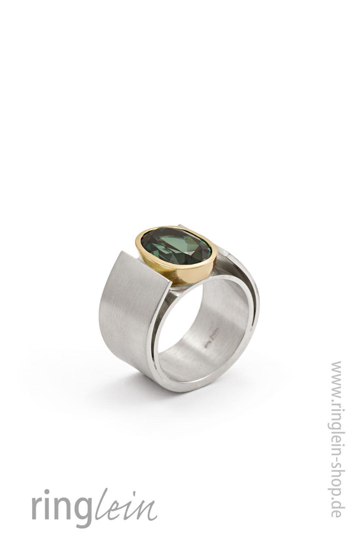 Lieblings Breiter moderner Ring, fast skulpturhaft aus Silber mit Gold und #EU_98