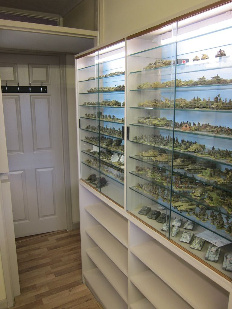 Glasregal Snake Glass Cabinets For Miniature Figures Garage And Art Studio