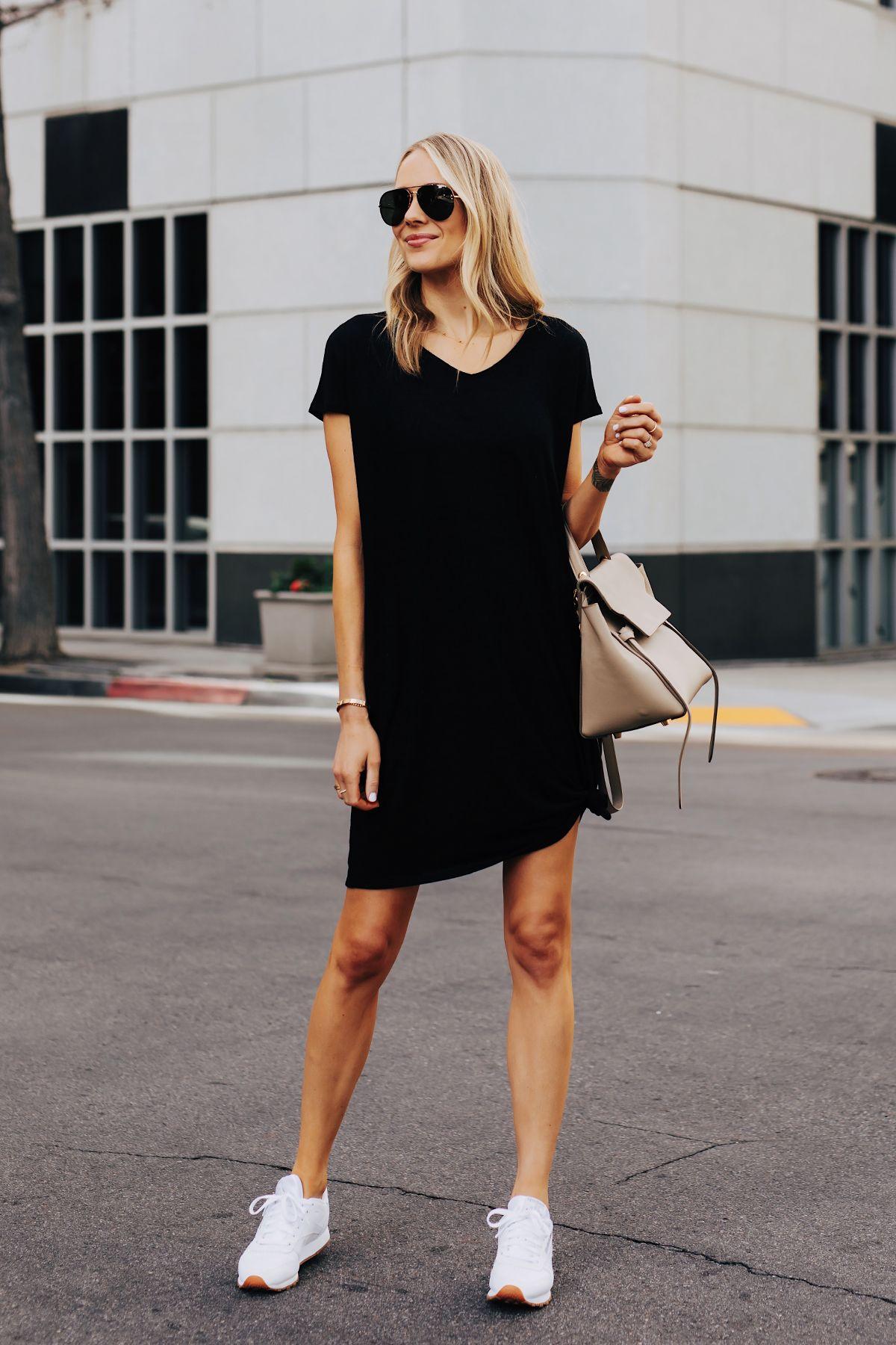 Black Tshirt Dress Reebok Classic White Sneakers Celine Mini Belt Bag Fashion Jackson S Dress And Sneakers Outfit Black Tshirt Dress Outfit Tshirt Dress Outfit [ 1800 x 1200 Pixel ]
