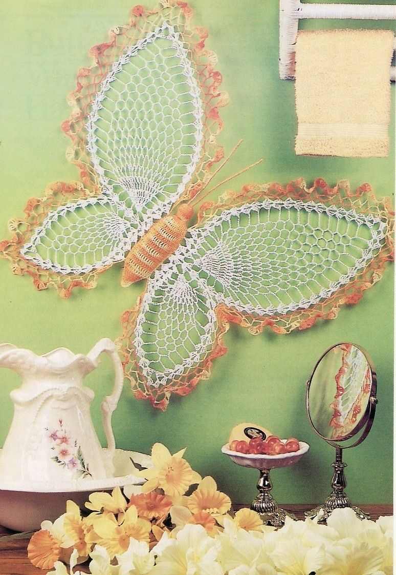 Butterfly Wall Hanging Crochet Pattern & Daffodil Wreath | Butterfly ...
