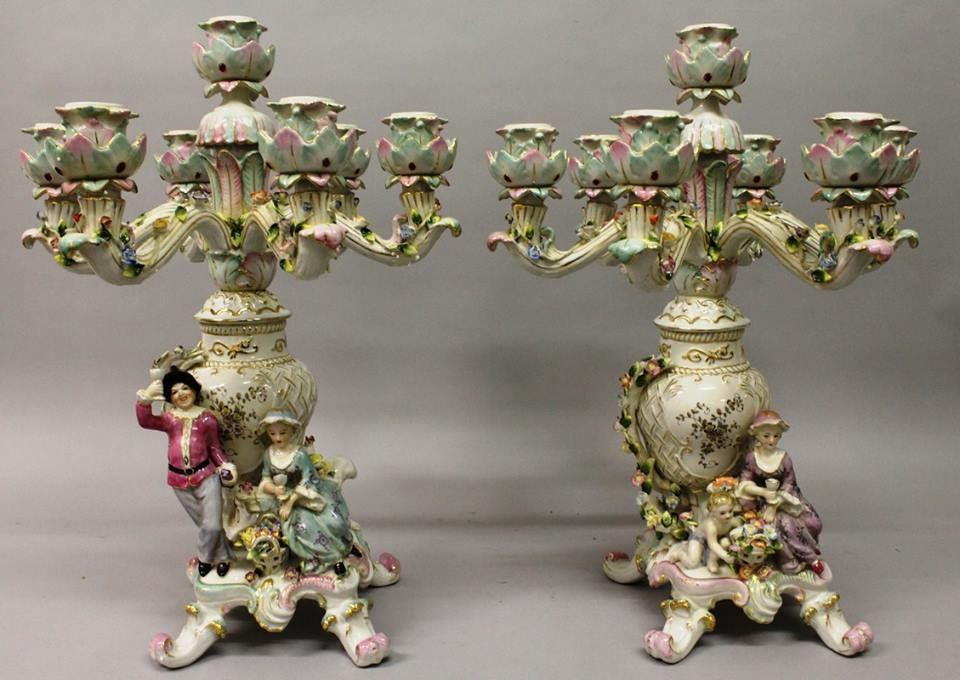 Par de candelabros em porcelana Alema Dresden do sec.19th, 52cm de altura, 3,560 USD / 3.150 EUROS / 12,610 REAIS / 23,000 CHINESE YUAN soulcariocantiques.tictail.com