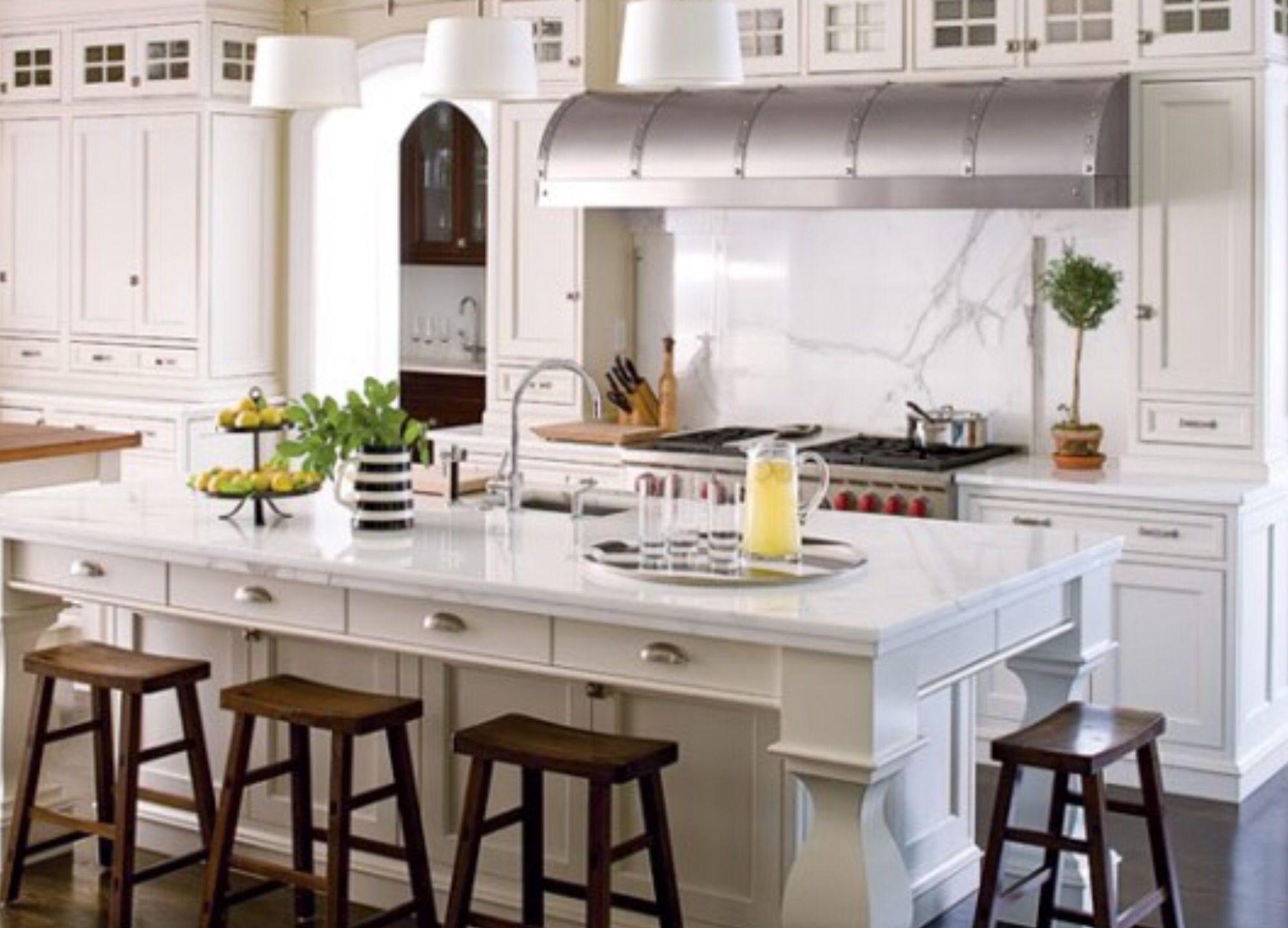 30 Amazing Design Ideas For A Kitchen Backsplash: I Like The Drawers Above The Bar Stools. I'd Like To Add