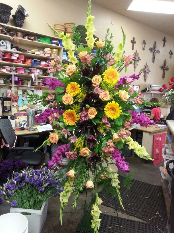 Flower arrangement yellow purple my flower arrangements flower arrangement yellow purple mightylinksfo