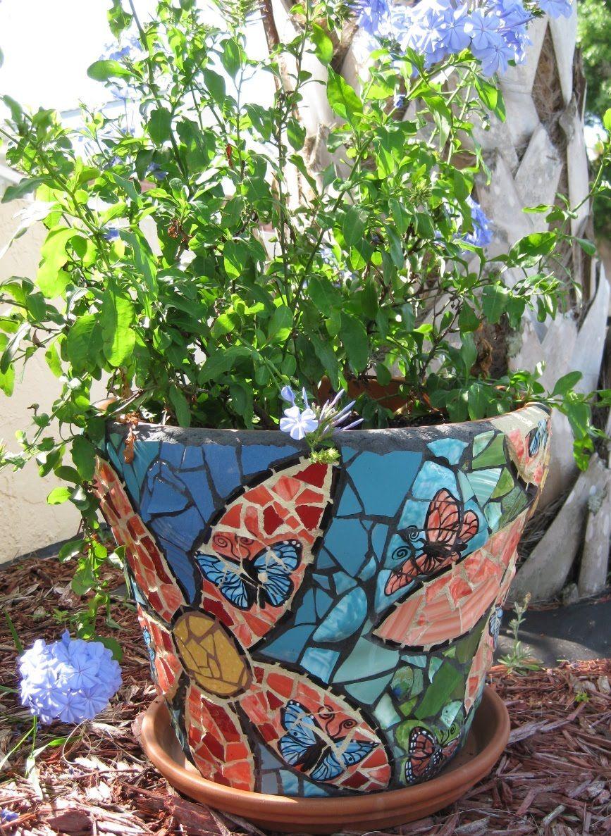 Mosaic ideas for the garden mosaics learning and mosaic flower pots mosaic garden workwithnaturefo