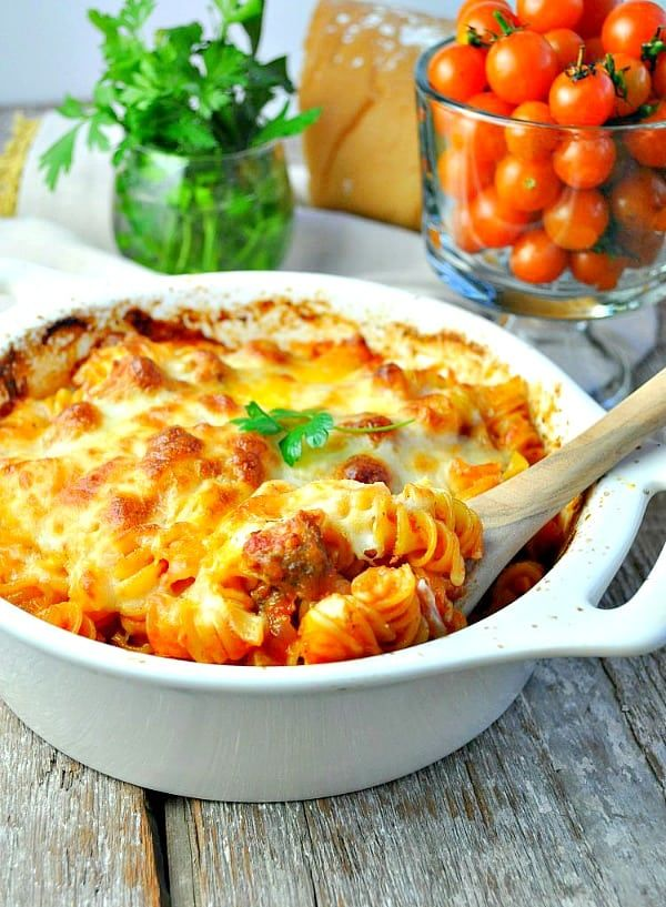 Dump and Bake Meatball Casserole Just 5 ingredients for this easy Dump-and-Bake Meatball Casserole -- and you don't even have to boil the pasta! Easy Dinner Recipes